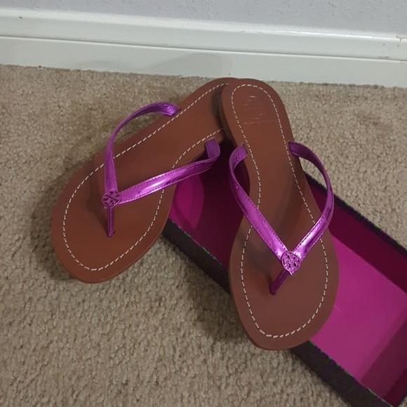 2d3b082c5 Tory burch terra thong sandals